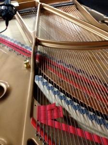 piano innards-2